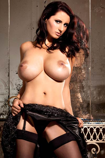 Model Sammy Braddy in